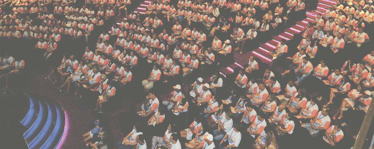 celebración de convenciones anuales